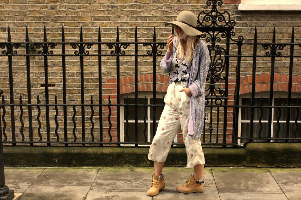 topshop_boutique_floral_cami_vest_silk_daisy_print_trousers_timberland_boots_embellished_jacket
