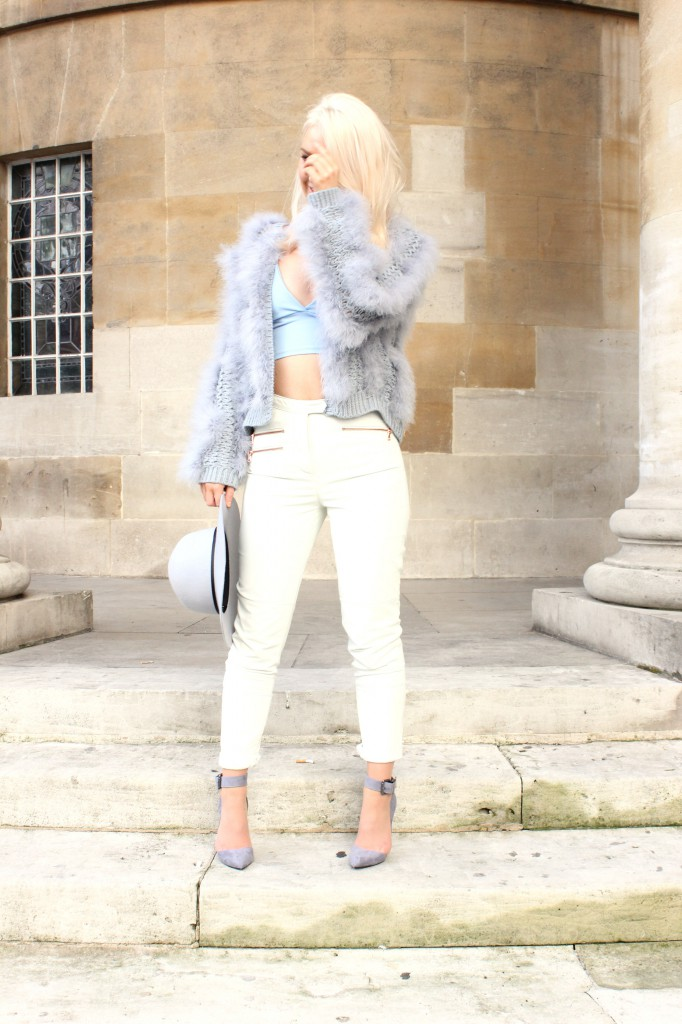asos_white_leather_trousers_photoshoot_heels_missguided_blue_bralet_london_street_style
