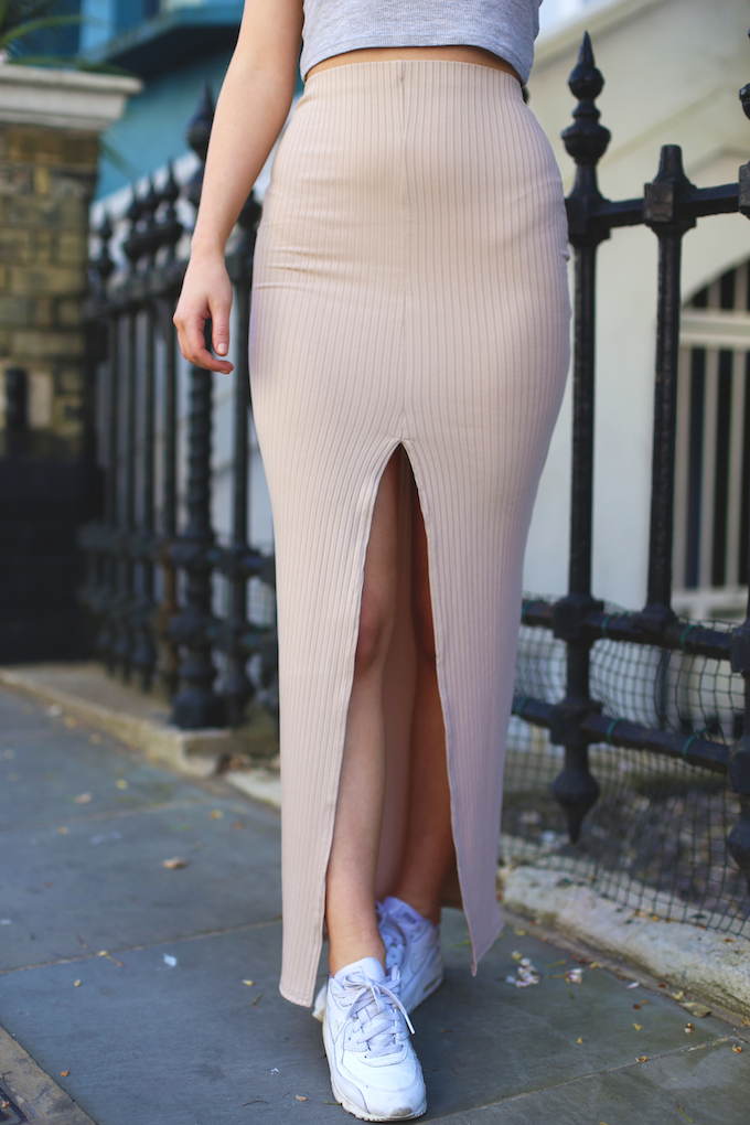 missguided_ribbed_camel_skirt_asos_crop_vest_nike_air_max_all_white_ombre_feather_jacket_millie_mackintosh_daisy_keens_pie_and_fash_blog