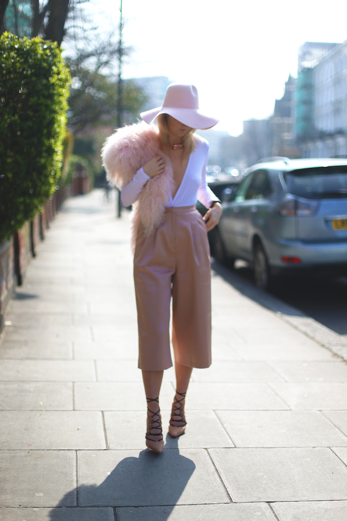 topshop_ghillie_suede_heels_asos_Satin_pink_culottes_topshop_mongolian_fur_collar_american_apparel_floppy_hat