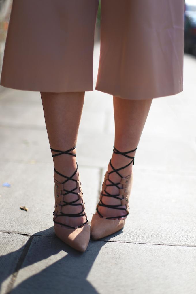 topshop_ghillie_suede_heels_asos_Satin_pink_culottes_topshop_mongolian_fur_collar_american_apparel_floppy_hat