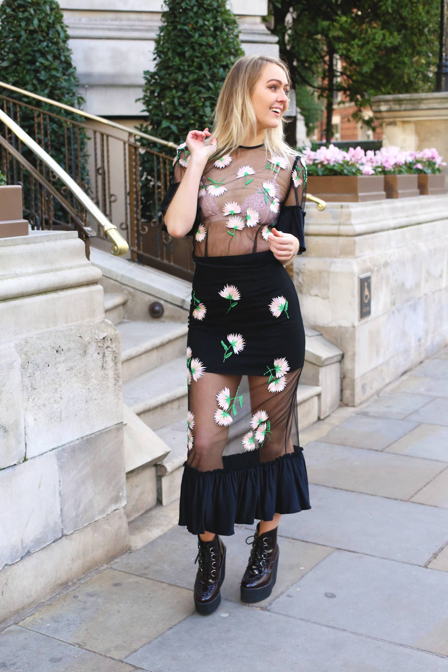 alice_mccall_us_and_them_skirt_learning_to_fly_top_mesh_applique_floral_black_two_piece_pie_and_fash_blog